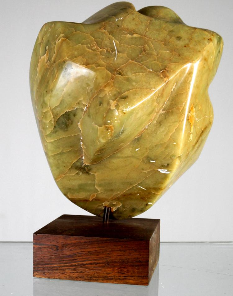 JUNE ROTH (AMERICAN/NY 20TH/21ST CENTURY), MARBLE SCULPTURE, ABSTRACT MODERN FIGURE ON WOODEN BASE. HEIGHT 12