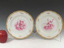PAIR ROYAL VIENNA DECORATED PORCELAIN PLATES WITH PUTTI, SIGNED 19/20TH CENTURY. DIAMETER 8