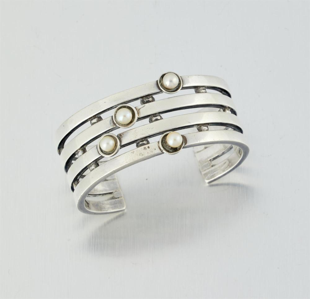 An Antonio Pineda sterling silver and cultured pearl cuff bracelet