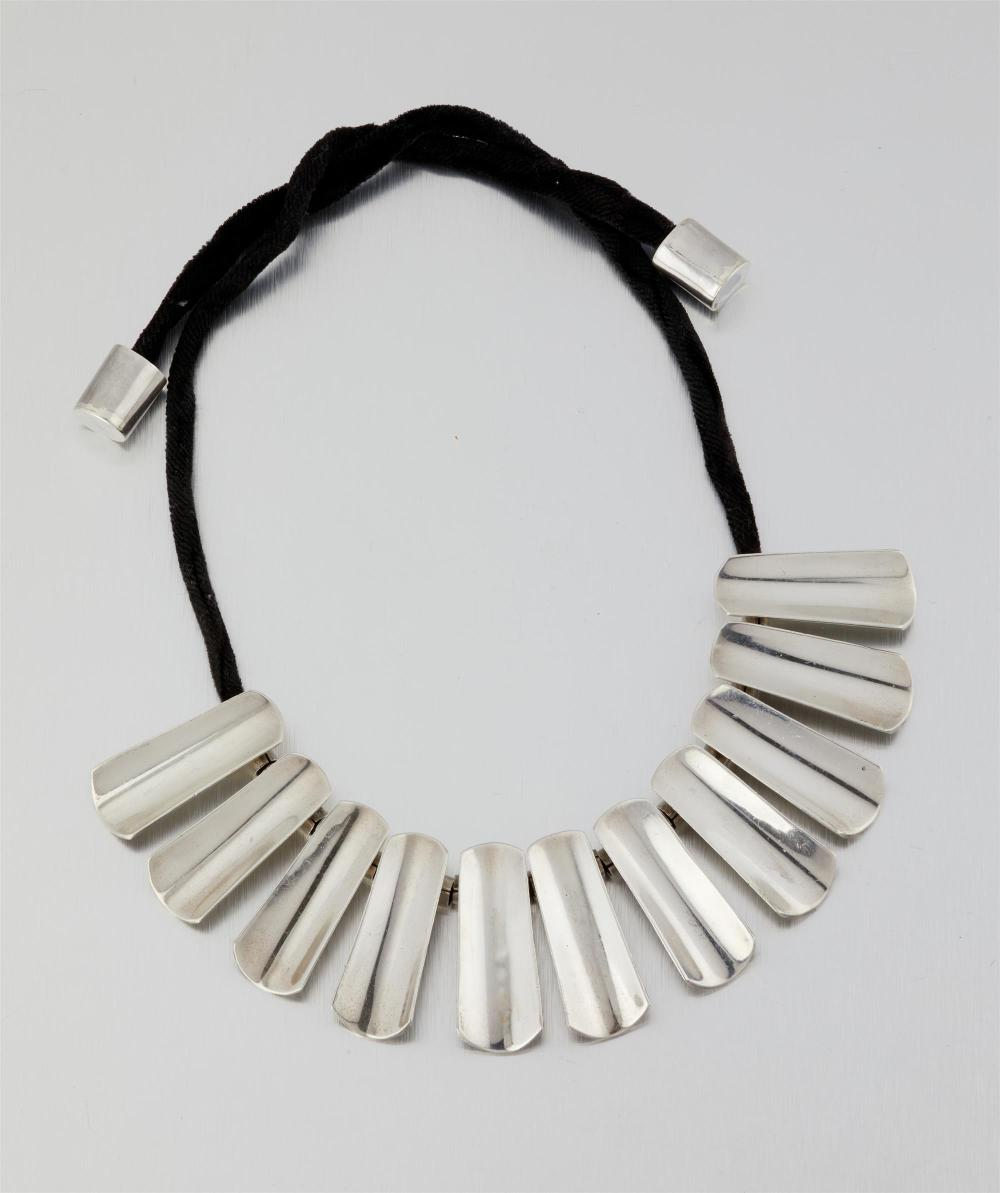 An Antonio Pineda silver necklace