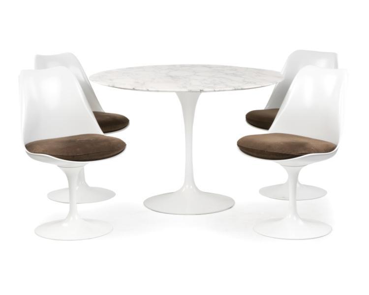 "An Eero Saarinen for Knoll ""Tulip"" dining set"