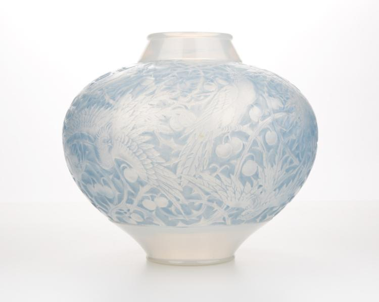 A Rene Lalique ''Aras'' art glass vase
