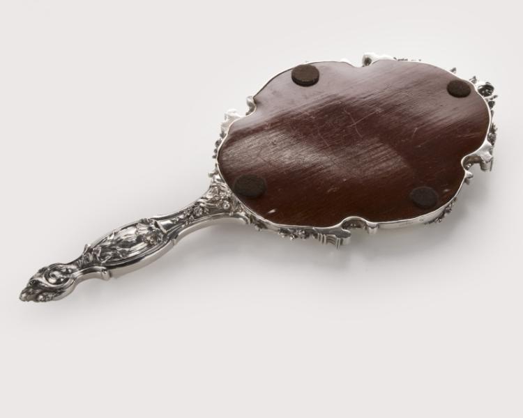 A French .950 silver hand mirror, Bointaburet