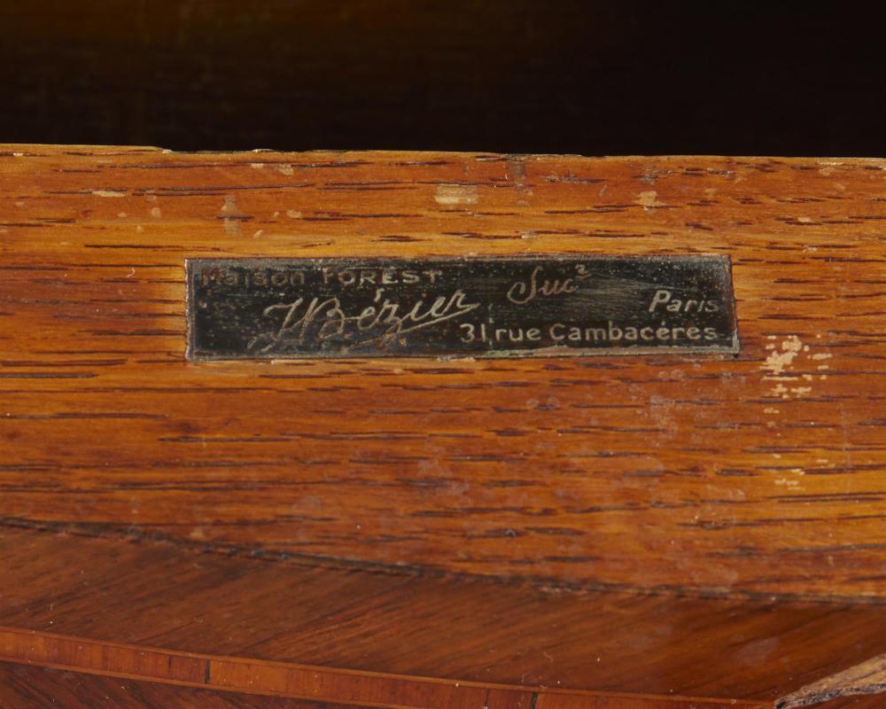A French Louis XV-style bureau plat