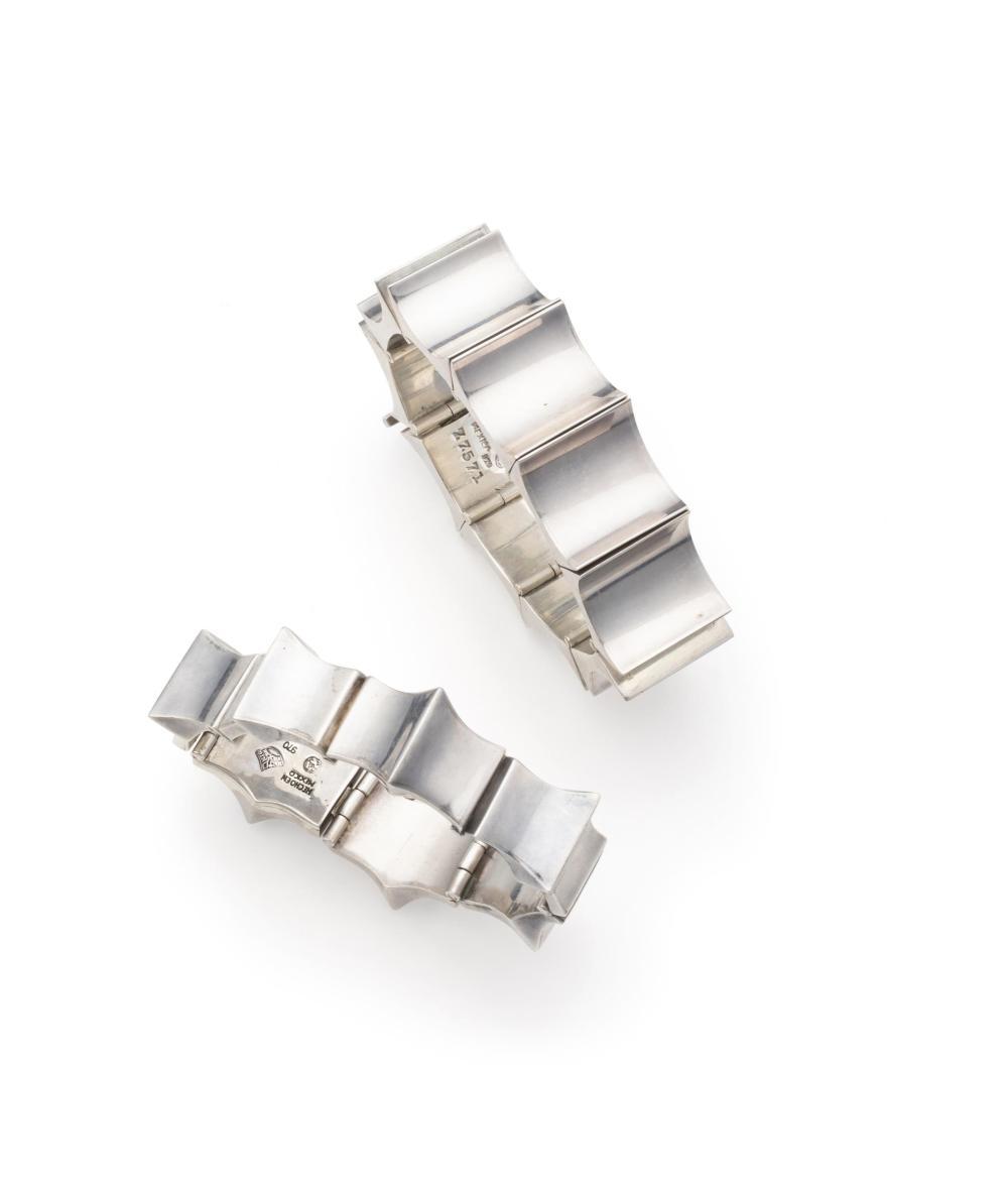 Two Antonio Pineda silver bracelets