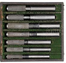 BOX OF BOSS AND COMPANY CHAMBER GAUGES.