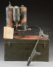 BEATTIE MANUFACTURING COMPANY MANUFACTURED ORIG WWII US GI M2-2 FLAMETHROWER.