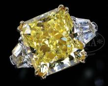 Extraordinary Rare Lamps, Glass & Fine Jewelry Auction