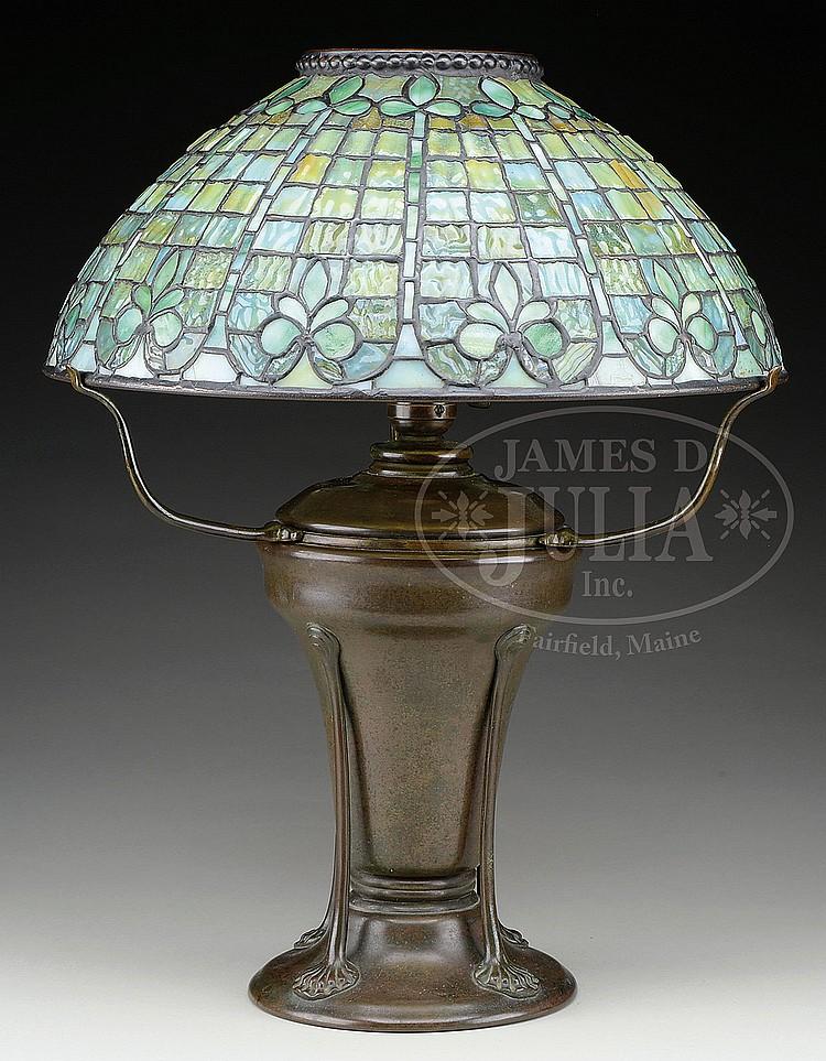 Tiffany Studios Fleur De Lis Table Lamp