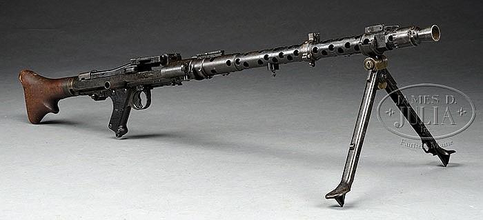 GERMAN MG34 MACHINE GUN DEWAT CAPTURED NEAR SAABRUCKEN, GE