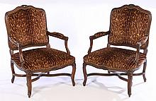 A PAIR OF 20TH CENTURY LOUIS XV STYLE ARM CHAIRS