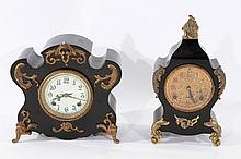GROUP OF TWO VICTORIAN MANTLE CLOCKS