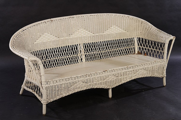 2 pcs vintage painted wicker settee chaise lounge for Antique wicker chaise lounge