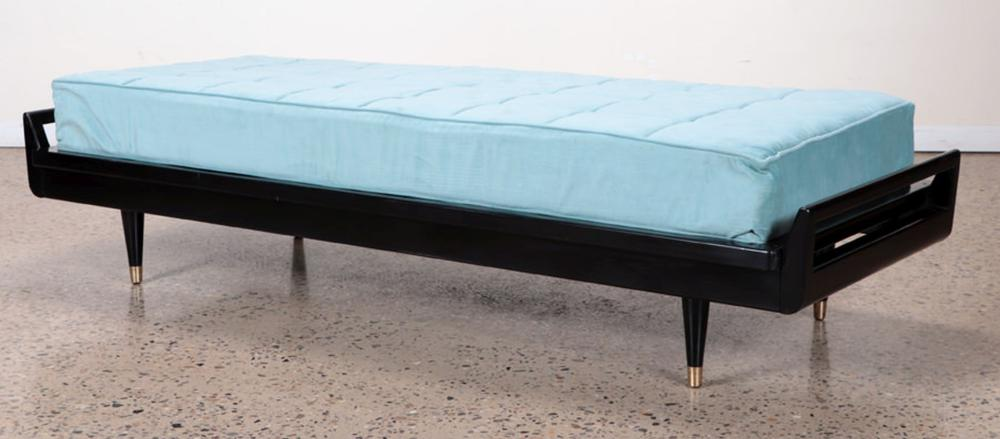EBONIZED DAY BED IN MANNER OF DUNBAR C. 1950
