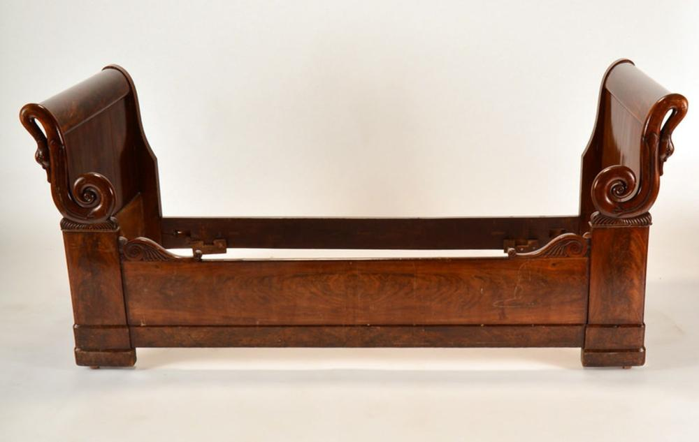 A 19TH C. FRENCH EMPIRE SWAN CARVED DAYBED