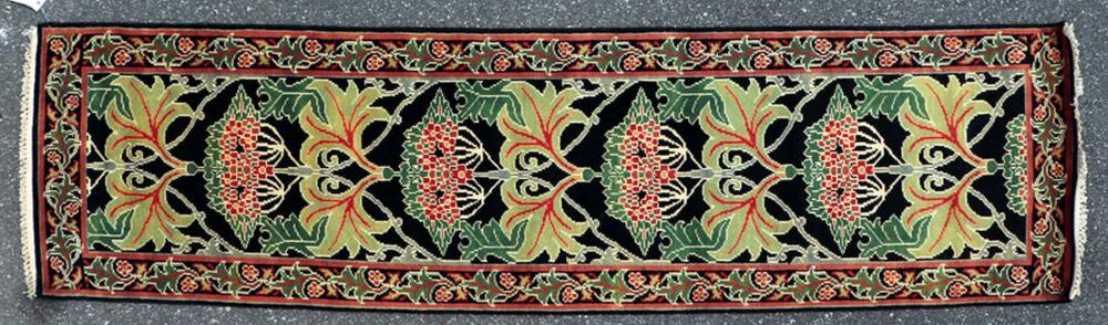 WILLIAM MORRIS STYLE ARTS AND CRAFTS RUNNER
