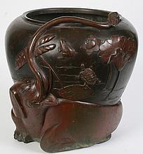 JAPANESE BRONZE JARDINIERE C.1900 ELEPHANT FROGS