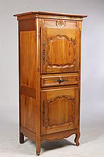 19TH CENT. FRENCH SINGLE DOOR CUPBOARD