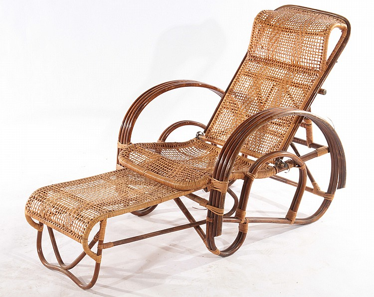 Lot 2 rattan chairs chaise lounge club chair 1950 for 1950 chaise lounge