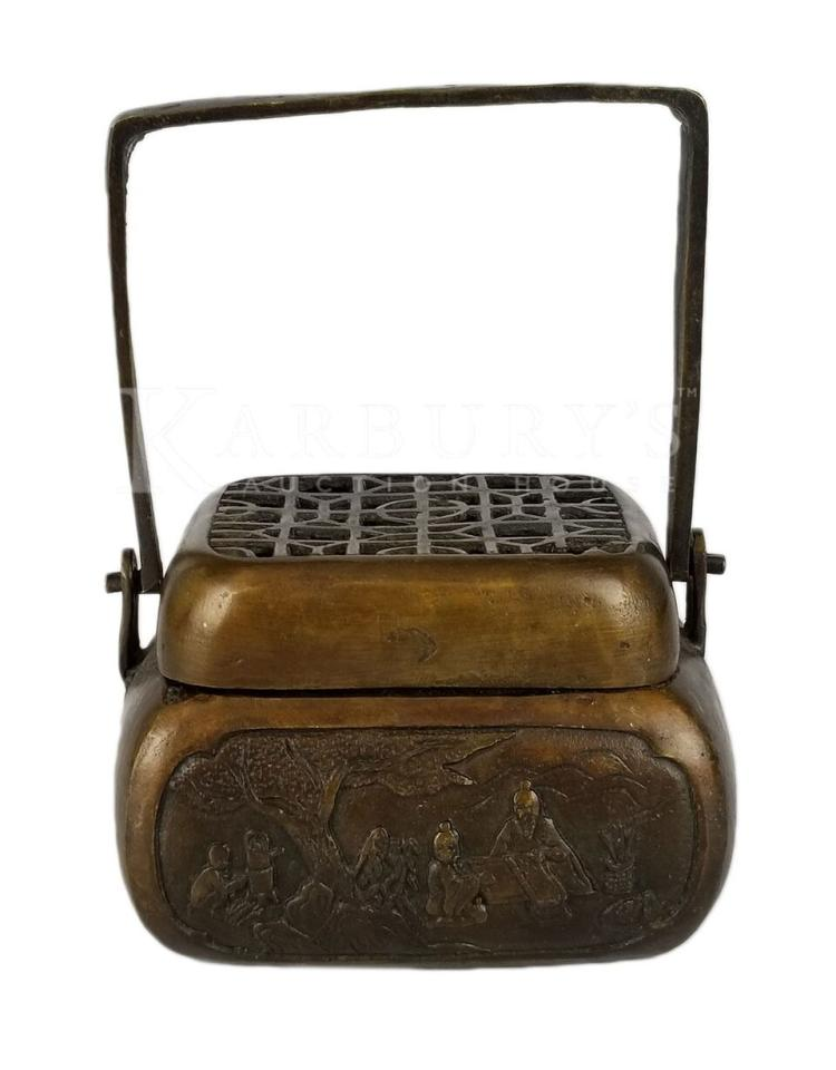A Bronze Box-Shaped Hand Warmer with Lid