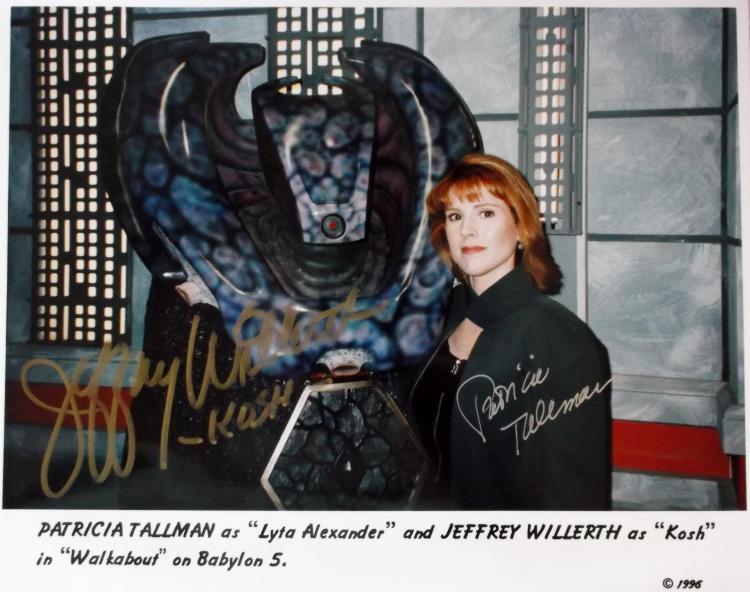 Babylon 5 CCG Shadows Embossed Card Lyta Empowered Patricia Tallman Autograph BB