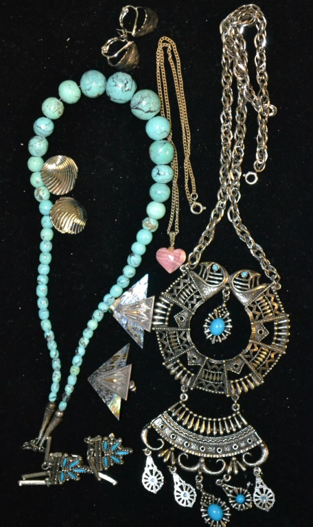 Turquoise necklace costume jewelry lot for Turquoise colored fashion jewelry