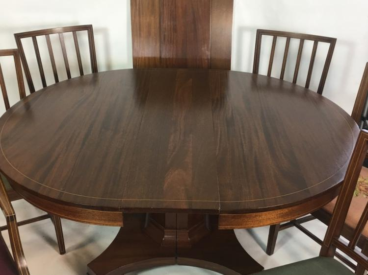 American Mahagony Dining Room Table W 6 Chairs
