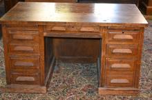 Oak Knee-hole Desk c.1900