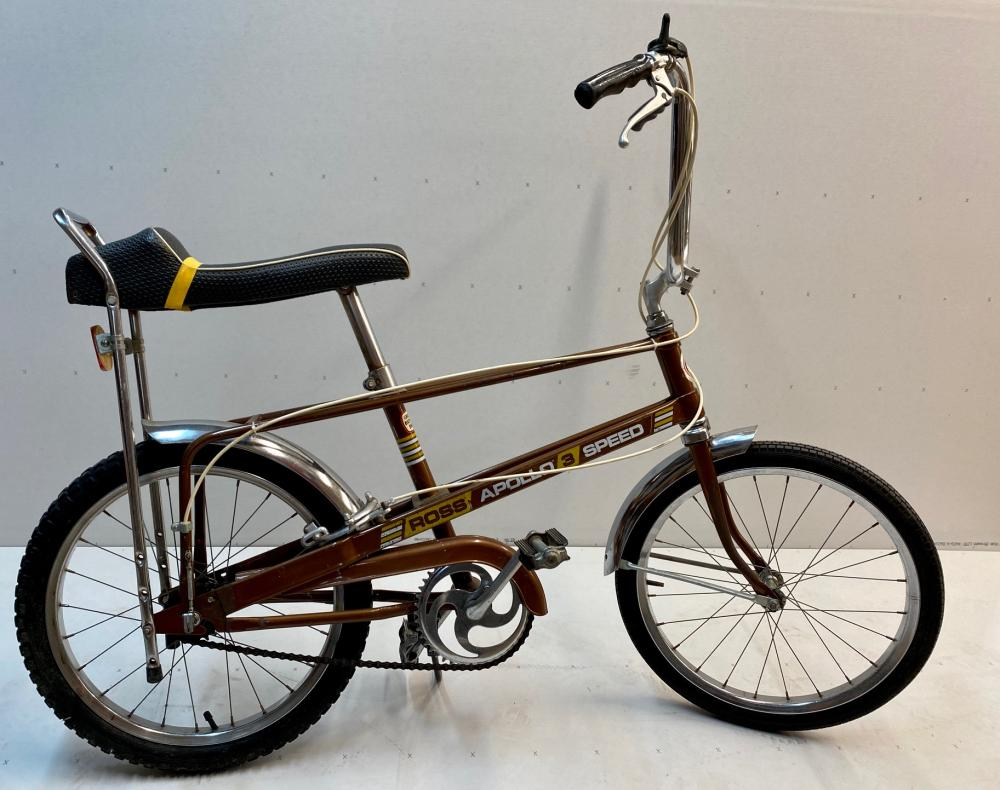 Ross Apollo 3 Speeds Stingray Bike