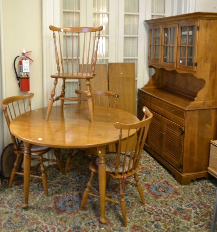 Ethan Allen Six Piece Maple Dining Room Set