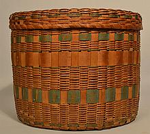 LARGE 19TH CENT. EASTERN WOODLANDS AMERICAN INDIAN ROUND COVERED STORAGE BASKET