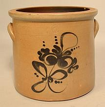 19TH CENT. GREY STONEWARE CROCK WITH FLORAL SPRAY DECORATION