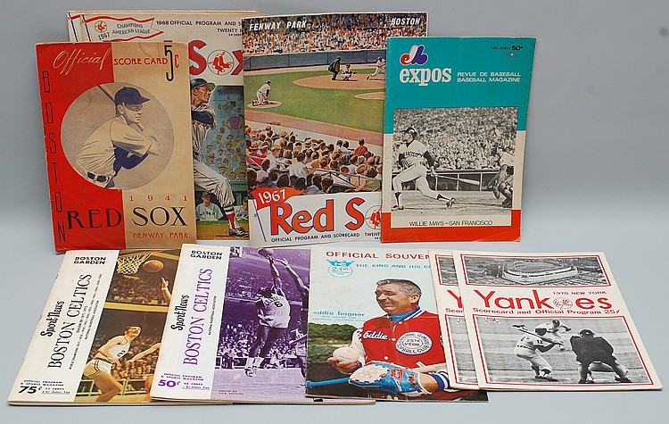 (10) MISC. VINTAGE SPORTS SOFT FORMAT PUBLICATIONS & PROGRAMS