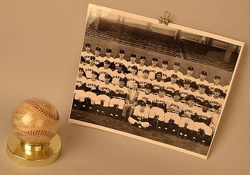 1954 NEW YORK GIANTS TEAM SIGNED BASEBALL