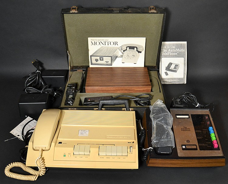 (3) DIFFERENT VINTAGE TELEPHONE ANSWERING SYSTEMS
