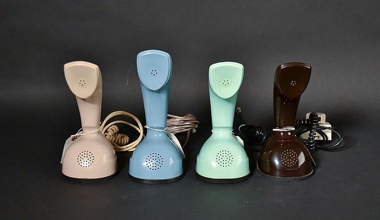 (4) DIFFERENT VINTAGE ERICOFON COLORED PLASTIC ONE PIECE DESK TELEPHONES