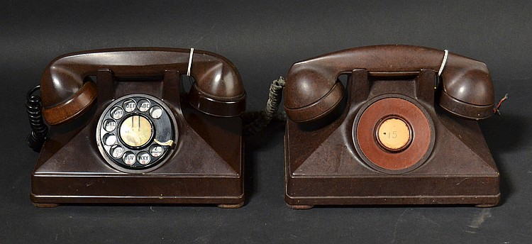 (2) DIFFERENT VINTAGE NORTHERN ELECTRIC CO. UNIPHONE MODEL # 2 BROWN BAKELITE TELEPHONES