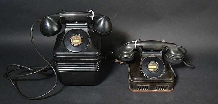 (2) DIFFERENT VINTAGE LEICH PLASTIC TELEPHONES