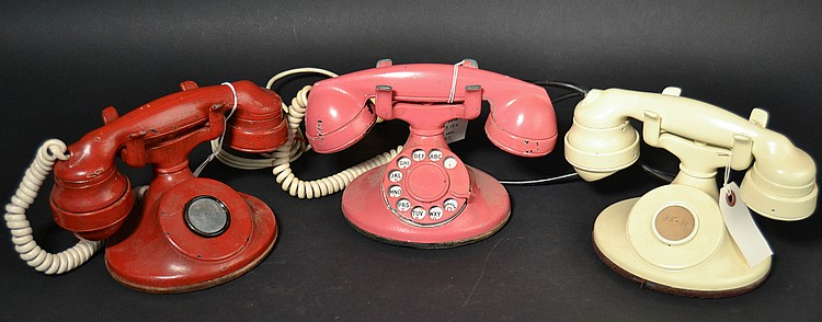 "(3) DIFFERENT VINTAGE WESTERN ELECTRIC PAINTED MODEL ""D1"" DESK TELEPHONES"