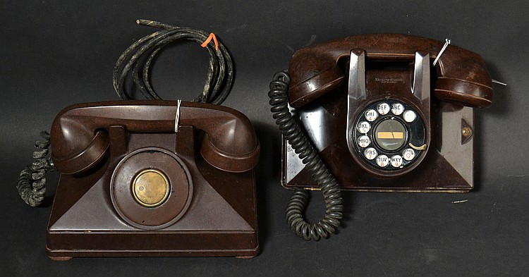 (2) DIFFERENT VINTAGE NORTHERN ELECTRIC CO. UNIPHONE BROWN BAKELITE TELEPHONES