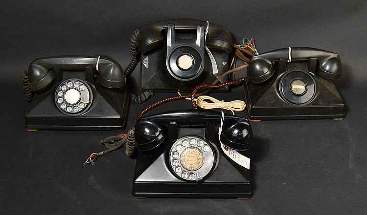 (4) DIFFERENT VINTAGE NORTHERN ELECTRIC PLASTIC UNIPHONE TELEPHONES