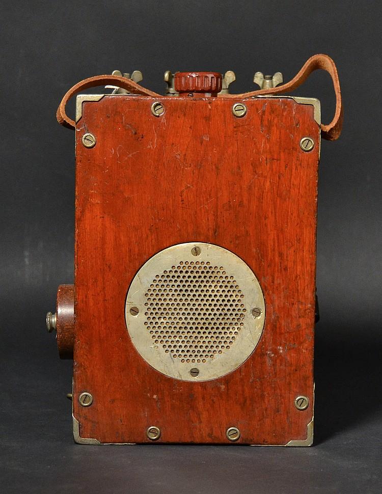 "VINTAGE WESTERN ELECTRIC MODEL ""17D"" LINEMANS TEST SET IN A BLACK WALNUT CASE - EX. BOSTON TELEPHONE PIONEERS MUSEUM"