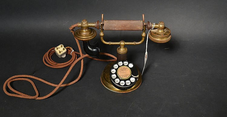 "VINTAGE FEDERAL ""GRAB-A-PHONE"" WITH ADDED WESTERN ELECTRIC ""2AB"" ROTARY DIAL WITH ""132-B"" NUMBER PLATE WITH NO NOTCH"