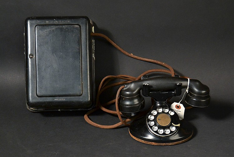 "VINTAGE WESTERN ELECTRIC ""D6"" DESK TELEPHONE WITH ""E1"" HANDSET"