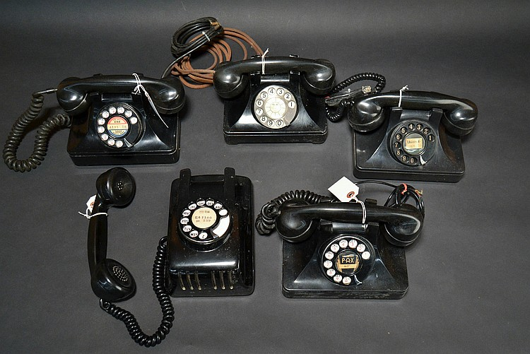 "(5) DIFFERENT VINTAGE NORTH ELECTRIC ""H"" SERIES STYLE TELEPHONES"