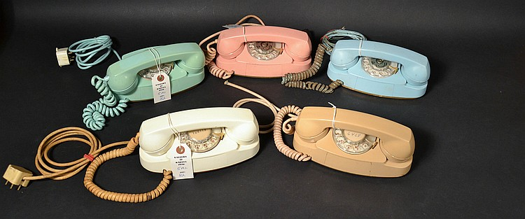 "(5) DIFFERENT VINTAGE WESTERN ELECTRIC MODEL ""701B"" PRINCESS ROTARY TELEPHONES IN ALL (5) ORIGINAL COLORS"