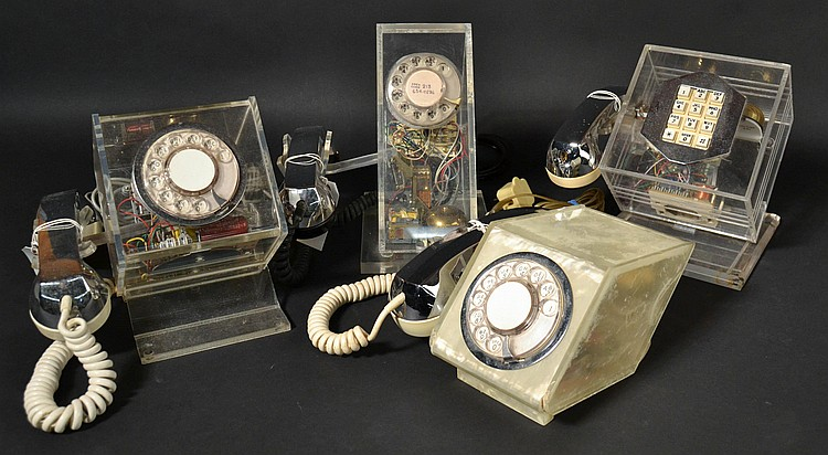 (4) DIFFERENT VINTAGE TELECONCEPTS GEOMETRIC TELEPHONES
