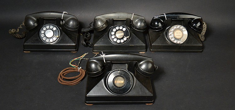 (4) DIFFERENT VINTAGE NORTHERN ELECTRIC CO. PLASTIC UNIPHONE DESK TELEPHONES