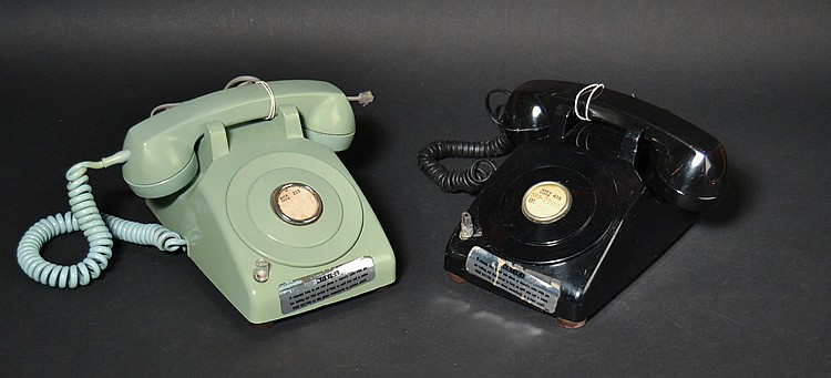 "(2) VINTAGE WESTERN ELECTRIC ""500-C"" DESK TELEPHONES MODIFIED FOR COIN LINE USE"