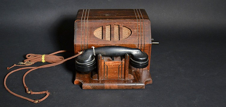 "VINTAGE SUTTLE MAGNETO TABLE TELEPHONE IN A BLACK WALNUT CABINET WITH ""LEICH"" HANDSET"